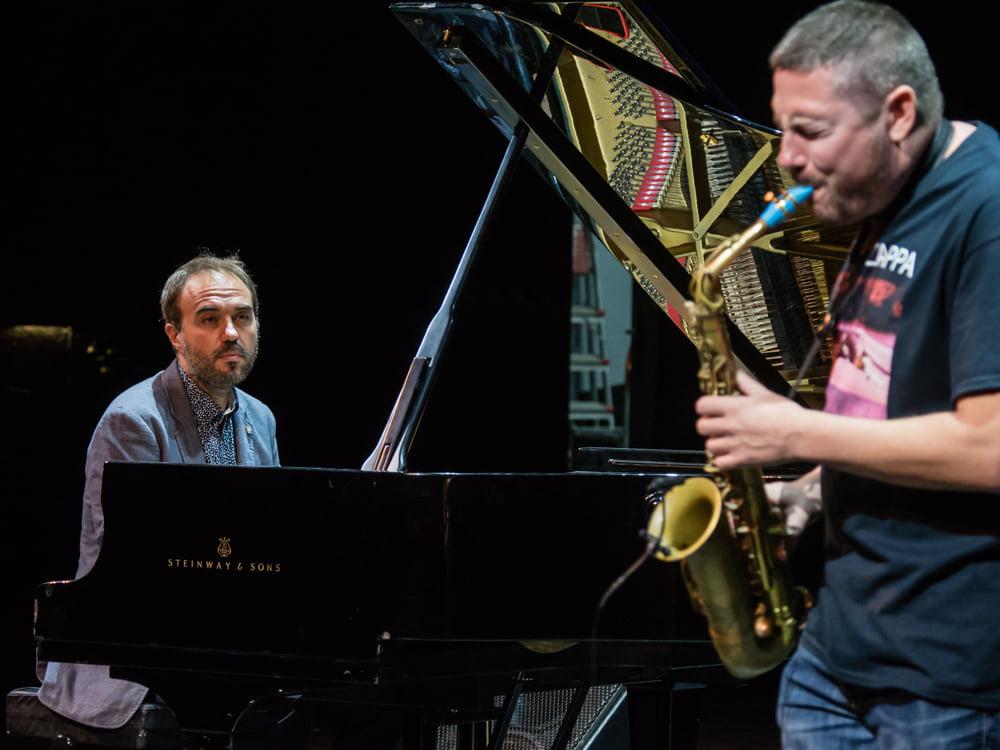 raqueros del jazz 2020 - MoisEs P SAnchez Ernesto Aurignac